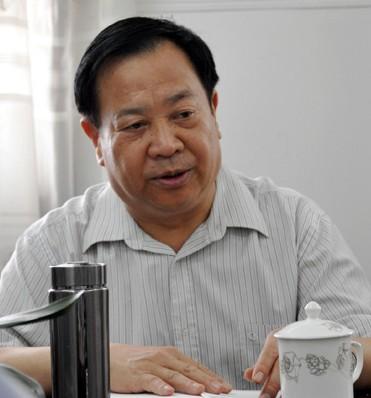 自贡市政协领导到华夏阀门调研